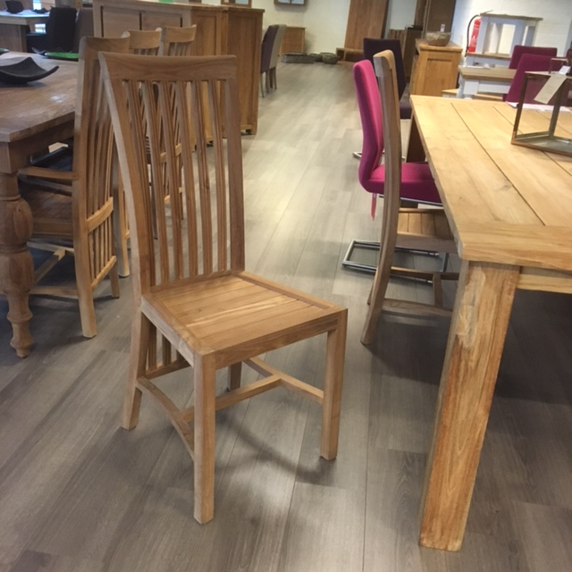 Solid Teak wood Indonesian Furniture Compromises Beauty and Quality