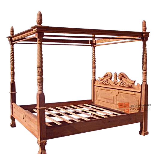 Chippendale Canopy Beds