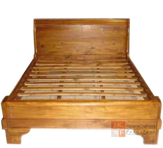 Teak Wood Sleigh Bed Plain Bedroom Furniture Indonesia Exporter
